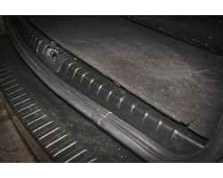 Накладка в проём багажника Рено Дастер | Renault Duster АртФорм с 2011 г.в.
