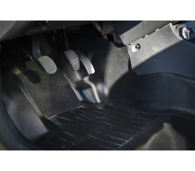Накладки ковролина Рено Дастер   Renault Duster (2 шт.) центральные туннель пола АртФорм с 2011г.в.